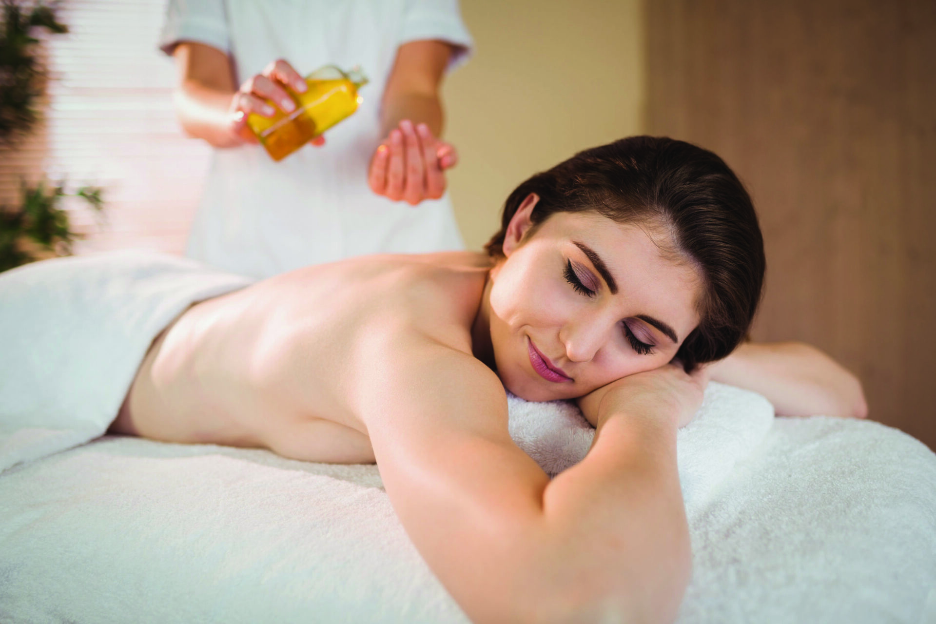 young-woman-do-massage-therapy